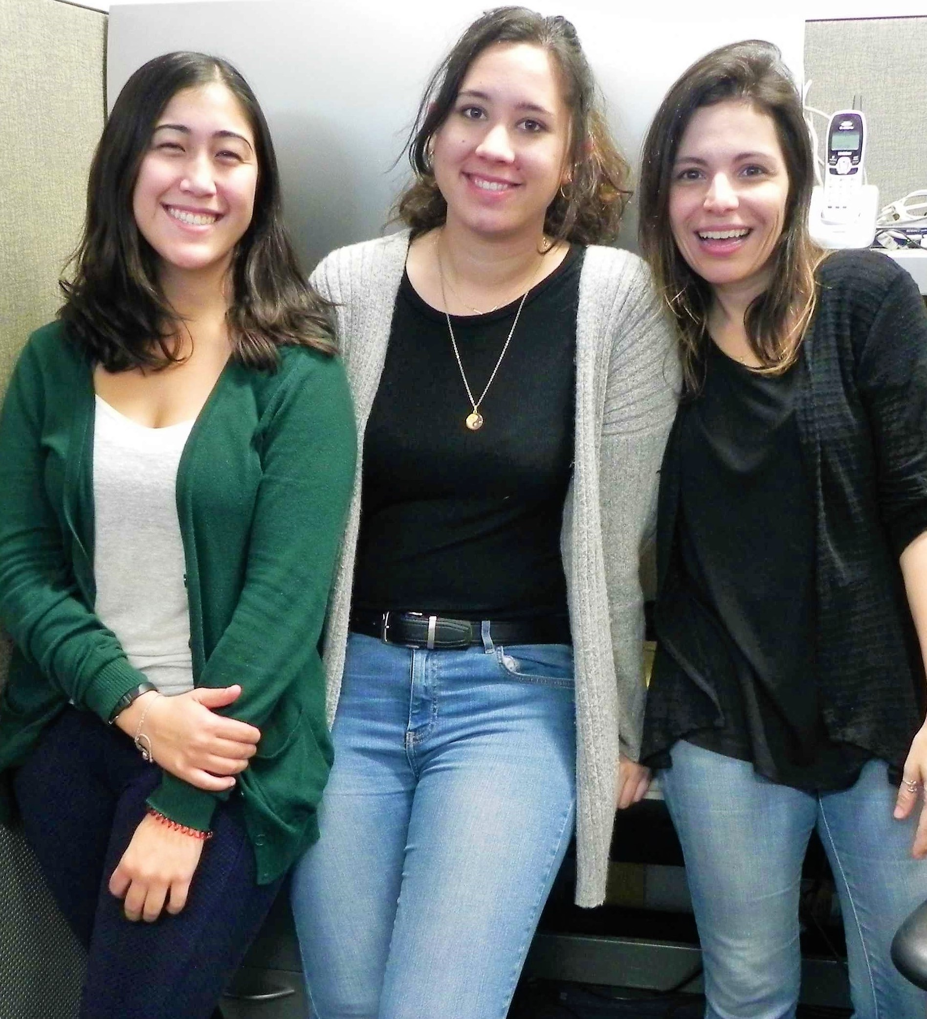 Dr. Peixoto and her students Natascha-Sophie Varona (middle) and Emilia Burke (left). (Jose Franco/UC Davis)